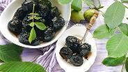 Фото рецепта Варенье из зелёных грецких орехов
