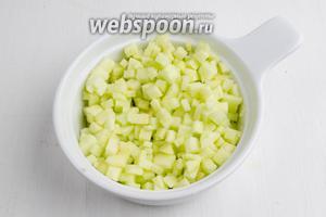 Яблоки взбрызнуть соком лимона (1 ч.л.), чтобы они не потемнели.
