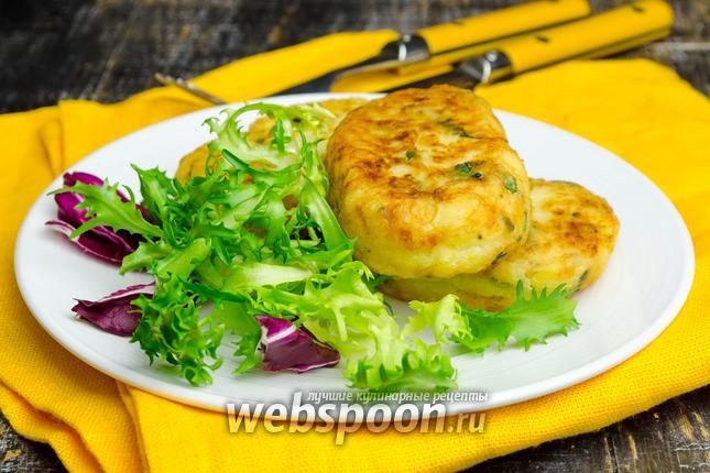 Фото Картофельные оладьи с сыром