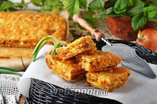 Фото Луковый пирог с плавленным сыром