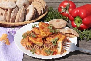 Шахи панир (сыр в томатном соусе)