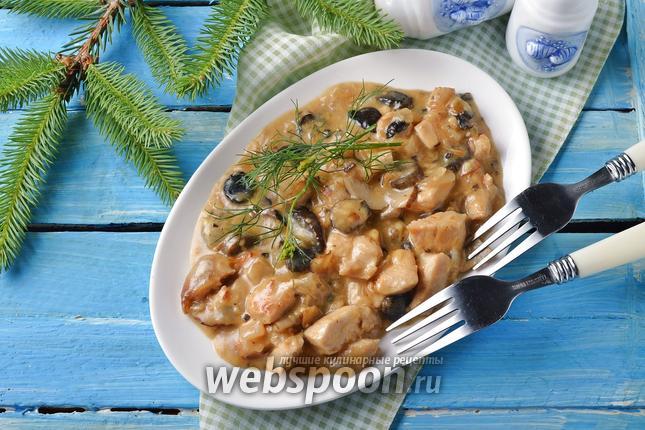 Фото Жульен в мультиварке с курицей и грибами