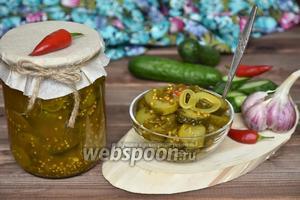 Пряный салат из огурцов на зиму