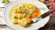 Фото рецепта Минтай тушёный в сметане с луком и морковью