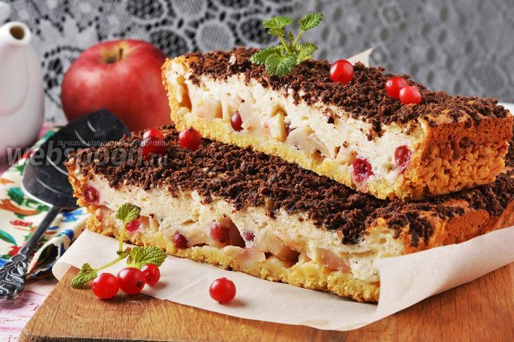 Фото Пирог с яблоками и клюквой