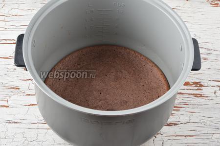 Готовую основу охладить и вынуть из чаши мультиварки.
