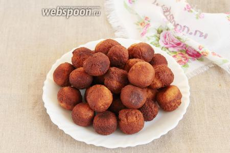 Вот такие шарики получились. На данном этапе шарики какого-то непонятного вкуса, а может больше безвкусные, с хрустящей корочкой.