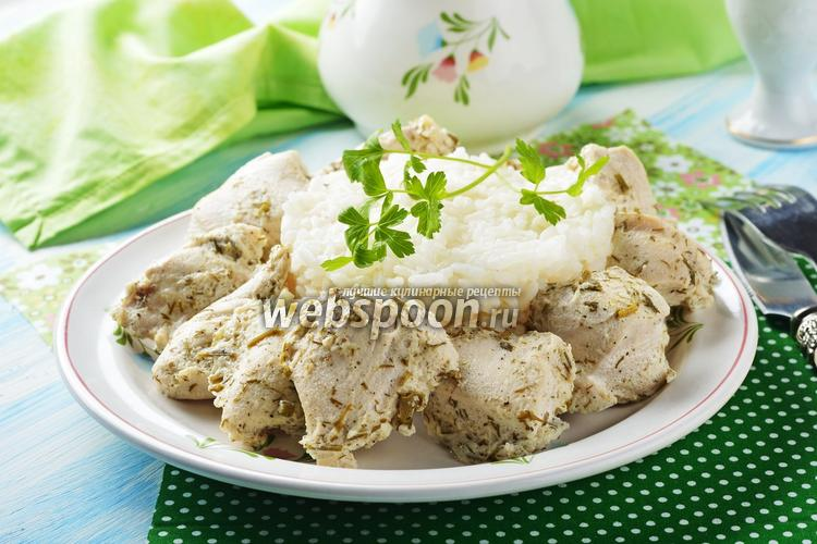 Фото Куриное филе в кефире на сковороде