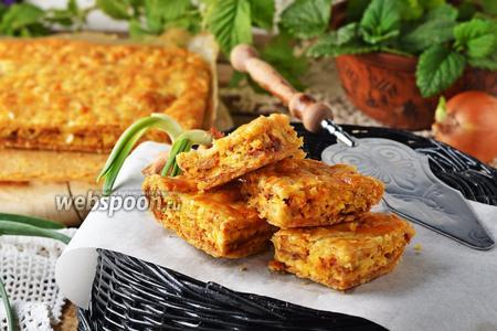 Луковый пирог с плавленным сыром