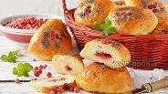 Фото рецепта Пирожки с брусникой