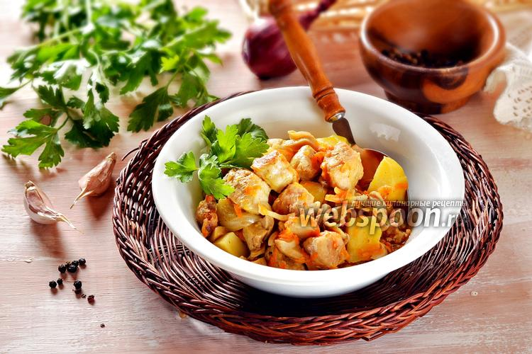 Фото Картошка с мясом и грибами в мультиварке
