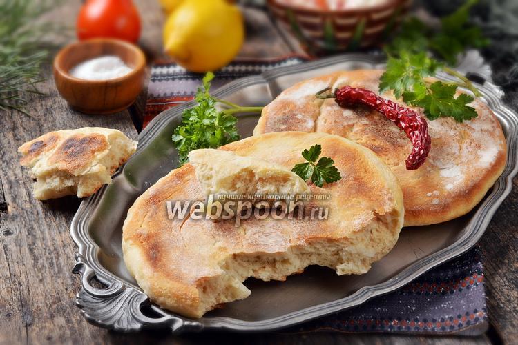 Фото Грузинский лаваш на сковороде