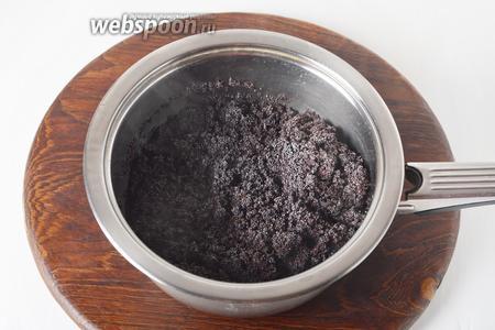 1 стакан мака промыть, залить водой (2 стакана), довести до кипения и проварить 10 минут (вся вода должна вобраться маком).