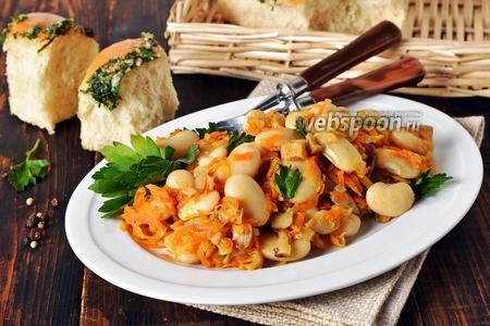 Постный салат из фасоли с грибами