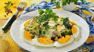 Фото рецепта Салат из брокколи с яйцом