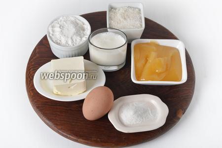 Для работы нам понадобится яйцо, сливочное масло, мука, разрыхлитель, молоко, сахар, мёд.