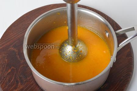 Пюрировать массу, добавив ванильный сахар (10 грамм).