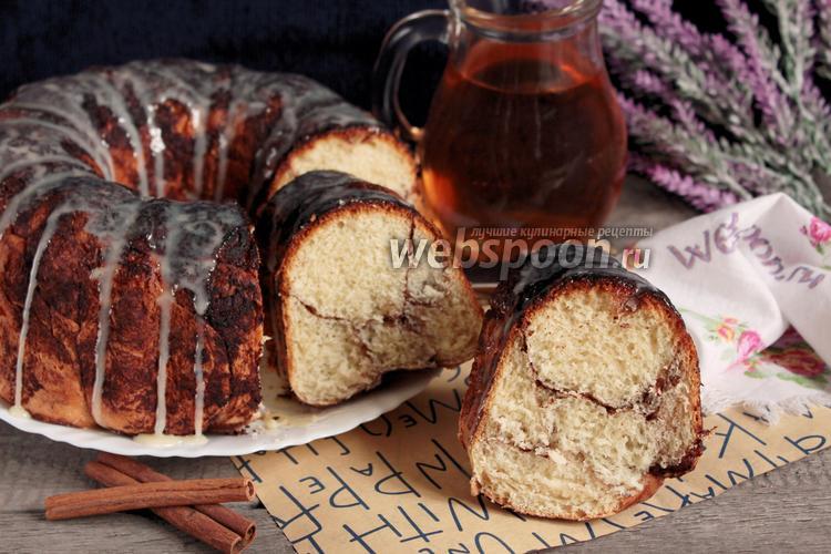 Фото Мраморный глазированный пирог с корицей