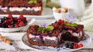 Фото рецепта Пирог со смородиной и творогом