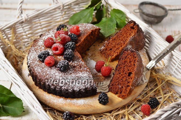 Фото Пирог с вареньем на сковороде