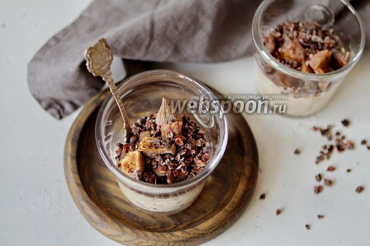 Фото Запаренная овсянка с инжиром и шоколадом