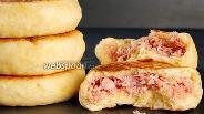 Фото рецепта Лепёшки с сосисками. Видео-рецепт