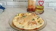 Фото рецепта Омлет с хлебом и сыром с зеленью