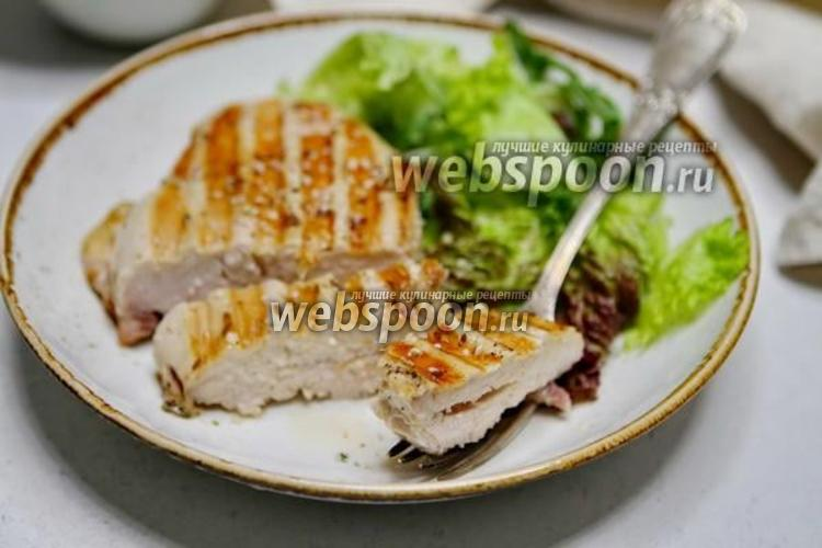 Фото Куриная грудка маринованная в в соусе терияки на гриле