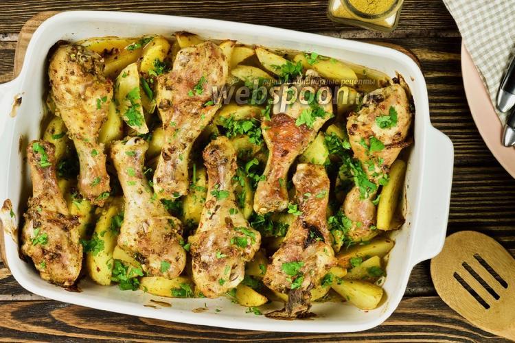 Фото Курица карри с картошкой в духовке