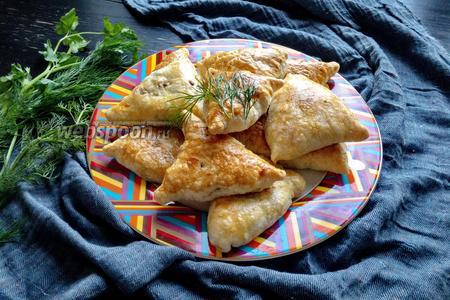 Слойки с картофелем и грибами