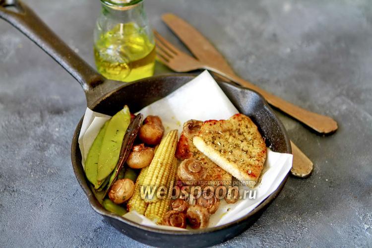 Фото Стейк из индейки с овощами