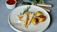 Фото рецепта Сибас с молодой картошкой на гриле в духовке