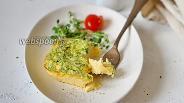 Фото рецепта Омлет со сливками и с зелёным луком в духовке