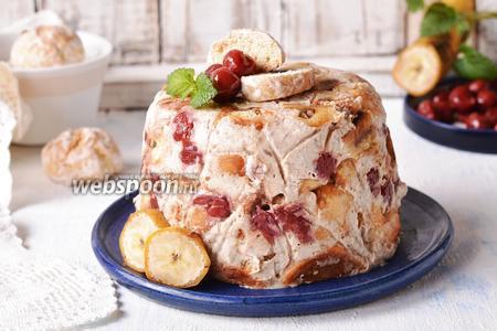 Торт из пряников с вишней и банановым кремом без выпечки