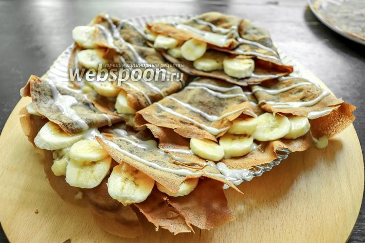 Фото Шоколадные блинчики с банановой начинкой