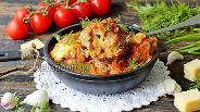 Фото рецепта Фрикадельки из свино-говяжьего фарша с сыром в томатно-чесночном соусе