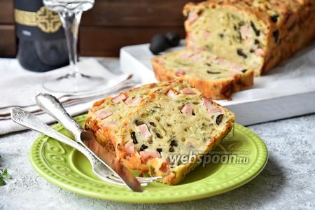 Кекс-пицца с ветчиной, сыром и маслинами