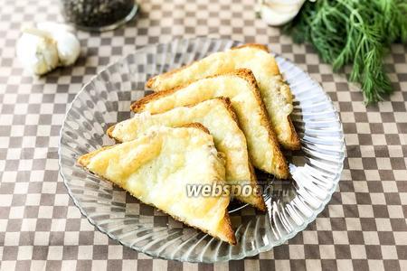 Сырные тосты с чесночным маслом