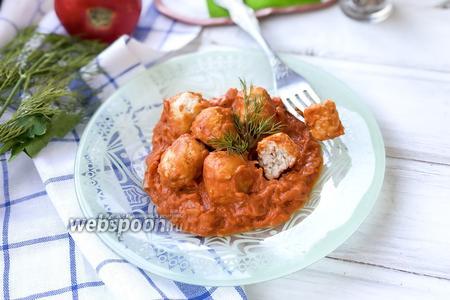 Фрикадельки в томатно-сметанном соусе