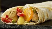 Фото рецепта Винное рагу с курицей в лаваше. Видео-рецепт