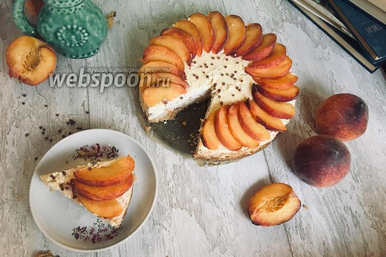 Фото Чизкейк с персиками