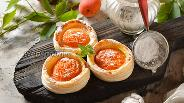 Фото рецепта Слойки с абрикосами