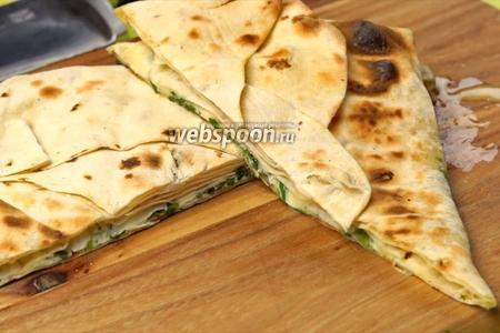 Фото рецепта Лаваш с сыром Сулугуни на решётке. Видео-рецепт