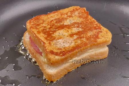 Горячие бутерброды на сковороде. Видео-рецепт видео рецепт
