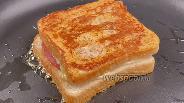 Фото рецепта Горячие бутерброды на сковороде. Видео-рецепт