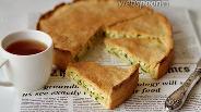 Фото рецепта Пирог из сдобного теста с зелёным луком и яйцом