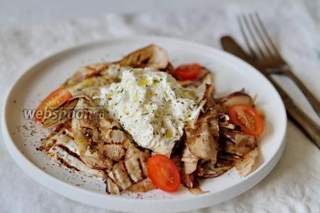Закуска из баклажанов с сыром Страчателла