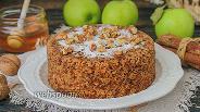 Фото рецепта Овсяный кекс с яблоками и морковью в микроволновке
