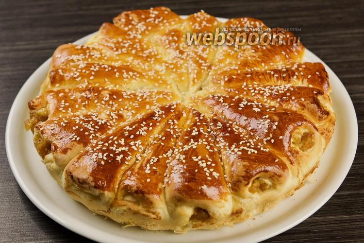 Фото Отрывной пирог с яблоками. Видео-рецепт