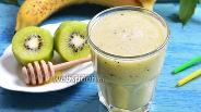 Фото рецепта Смузи из киви и банана
